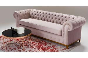 Sofas und Sessel in der Farbe Puderrosa