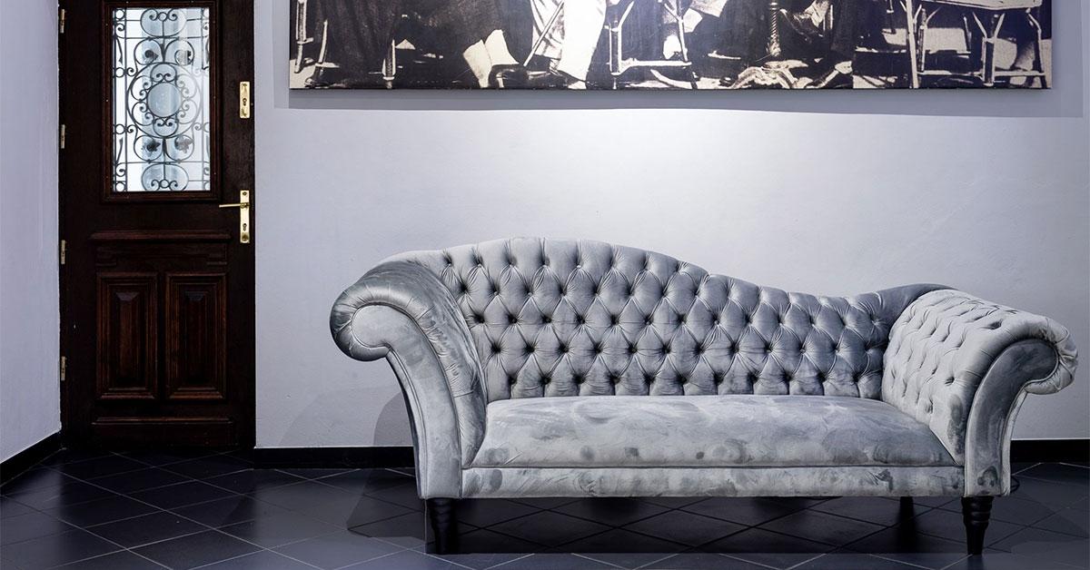 Liegen und Récamièren: Welches Liegemöbel passt am besten zu Ihrer Sitzlandschaft im Wohnzimmer?