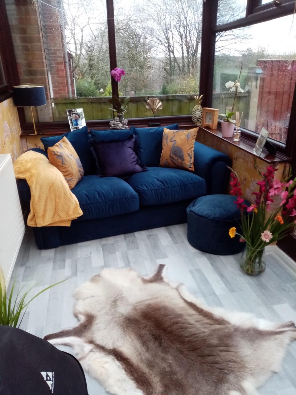 Dunkelblaues Zweisitzer-Sofa Baron