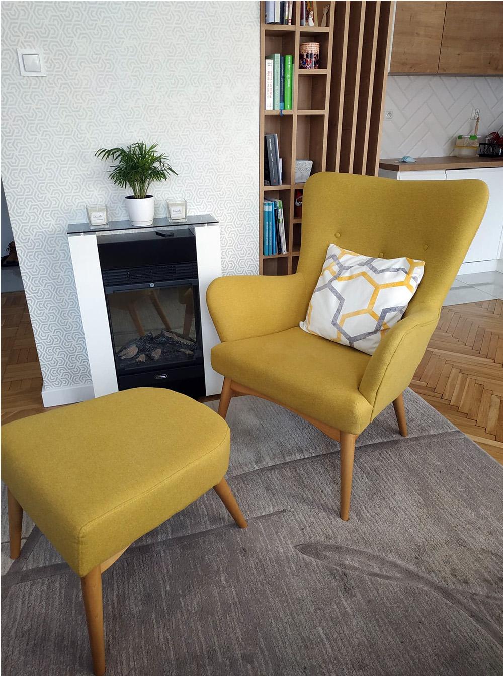 Gelber Savano-Sessel mit Fußteil